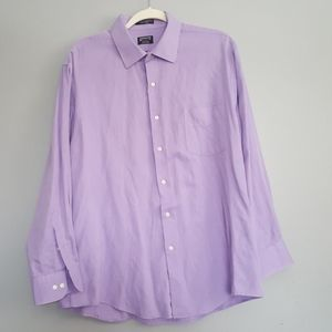 2/$20 Men's fitted button down shirt
